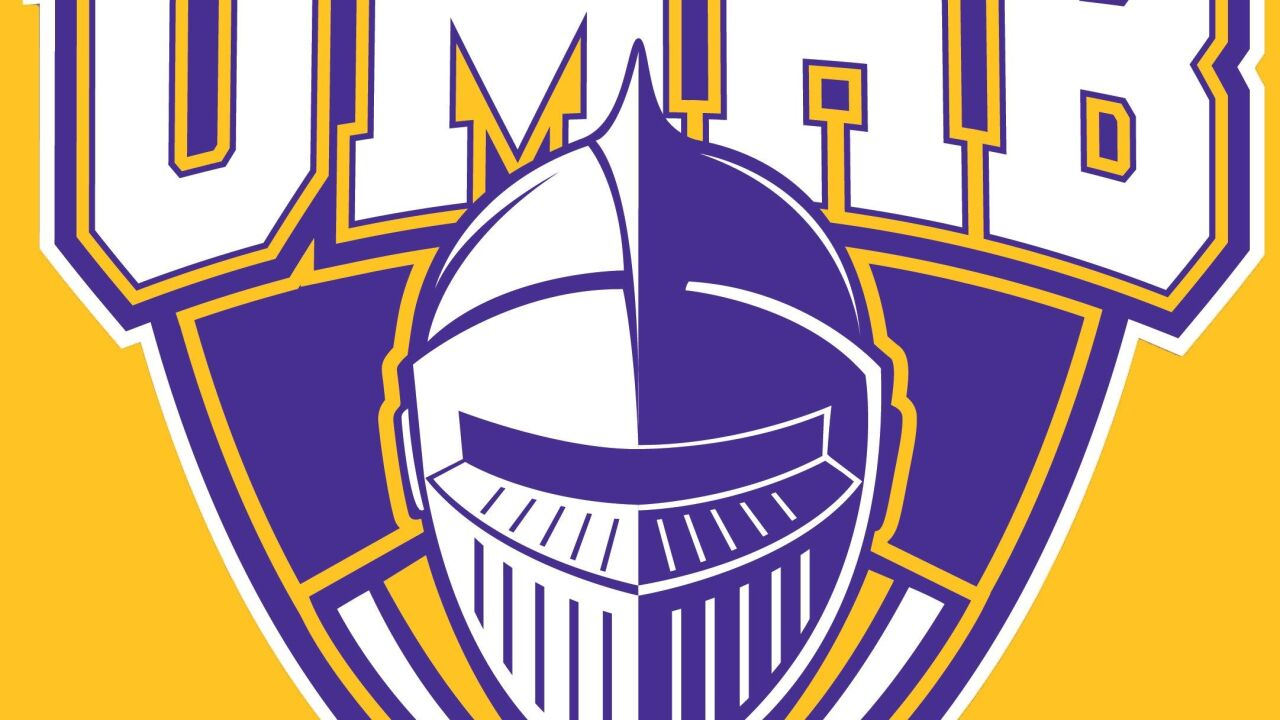 UMHB men's basketball falls to Concordia Texas