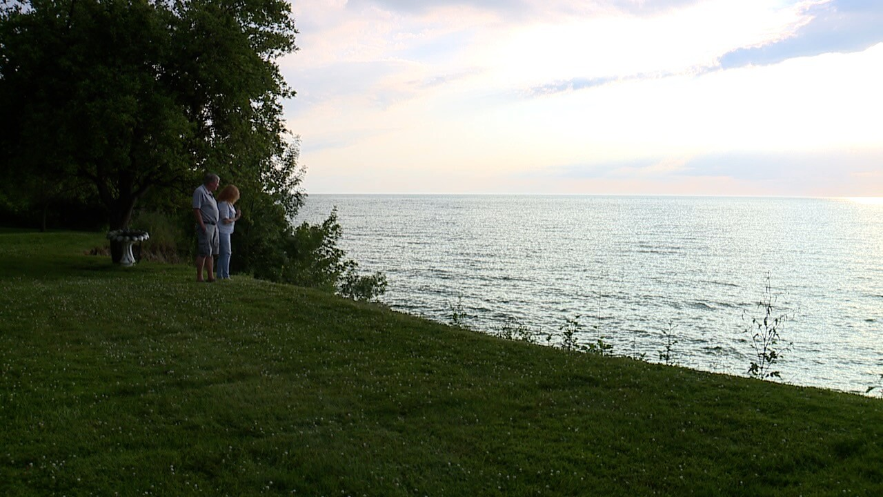 lake erie erosion help 2.jpg