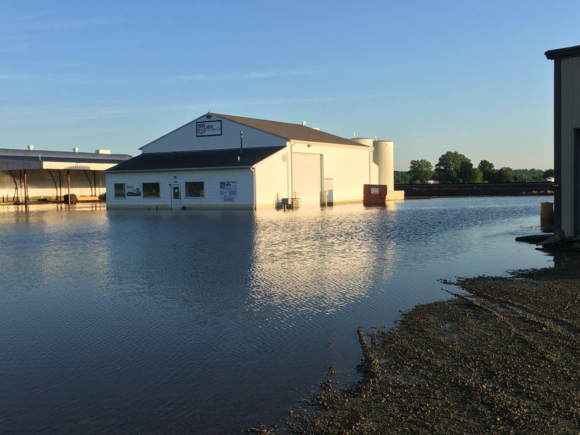 levasy flooding 2.jpg