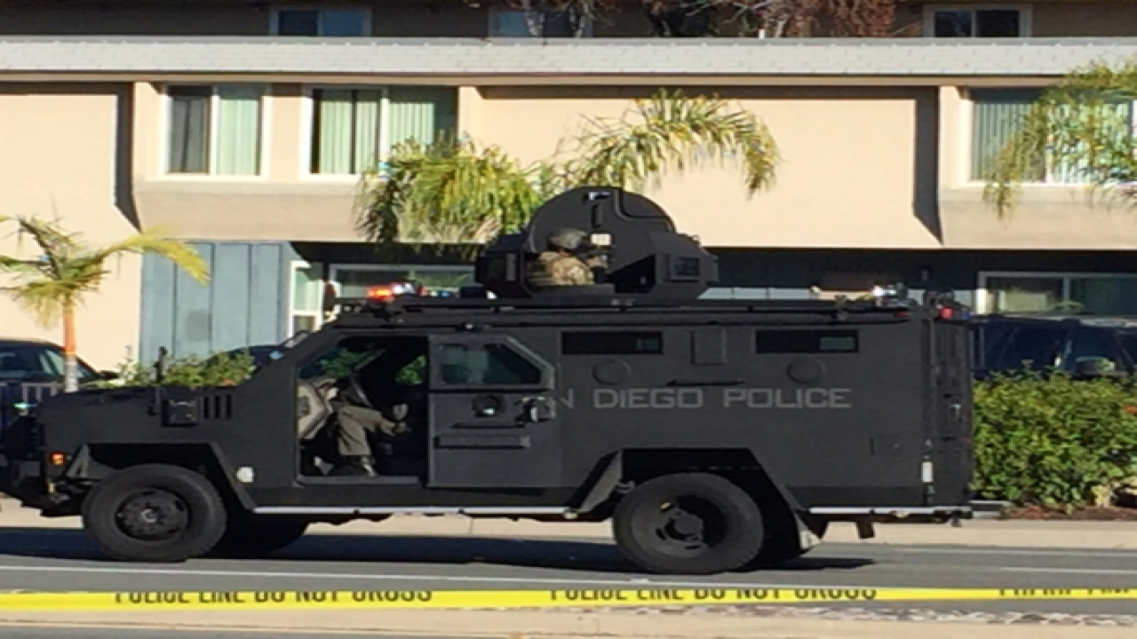 SWAT standoff in Clairemont