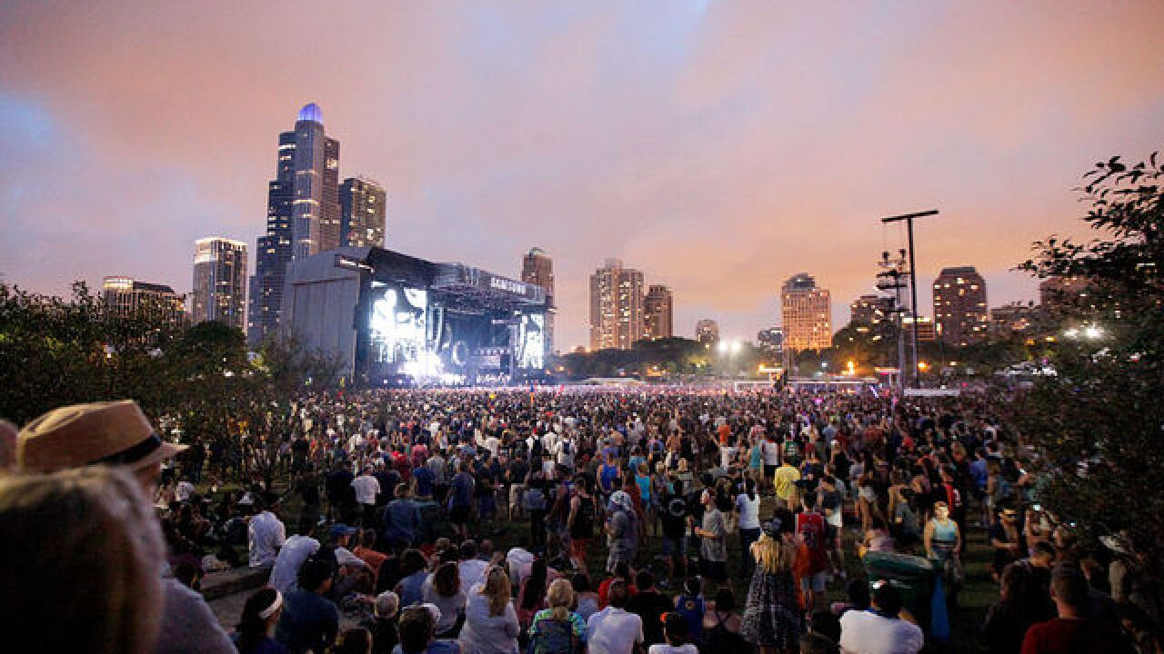 Stephen Paddock booked rooms at Lollapalooza