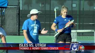 Texas A&M-Corpus Christi Islanders men's and women's tennis