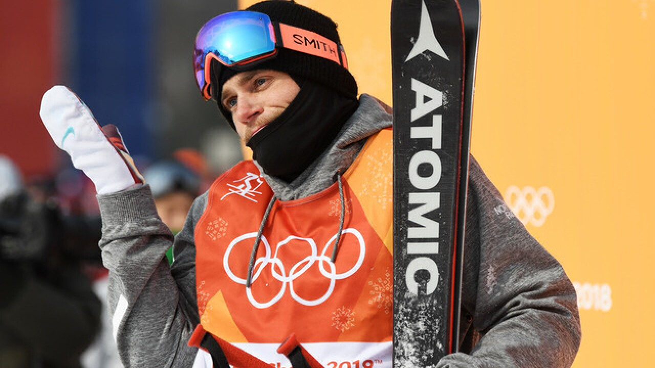 Gus Kenworthy, boyfriend share post-Olympic kiss