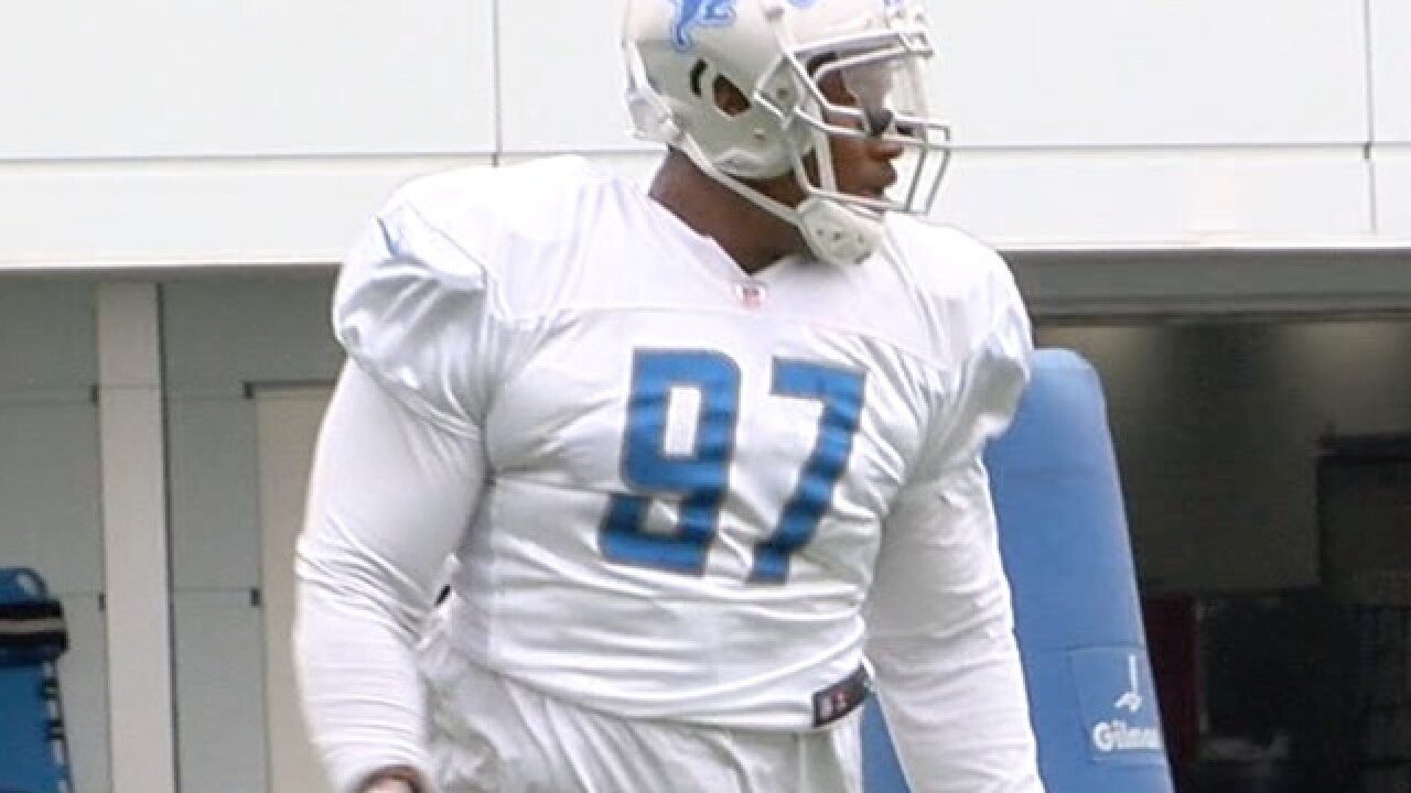 Lions trade defensive tackle Akeem Spence to Dolphins