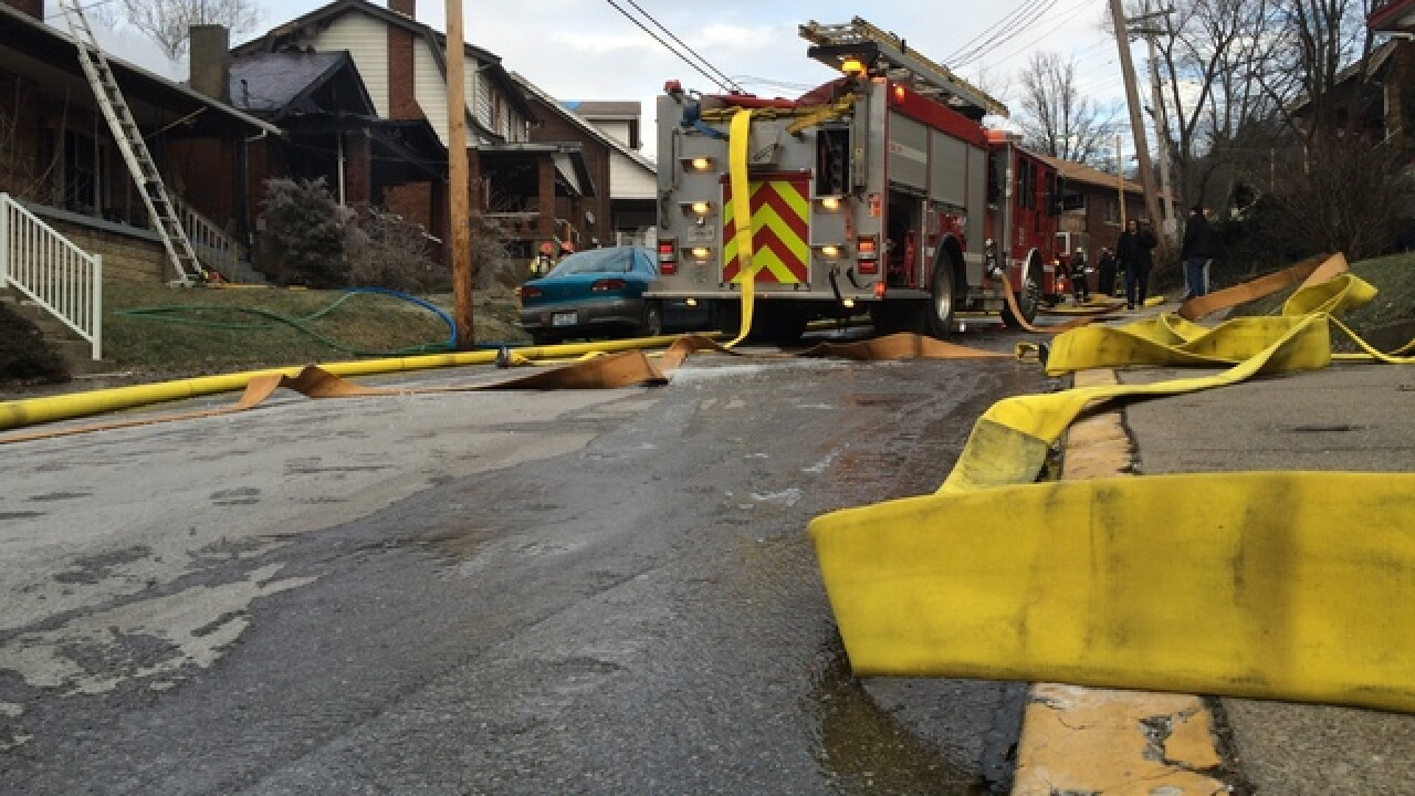 Three neighboring homes catch fire in N. Ky.
