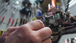 Repair experts say they don't always have enough information to make the fix