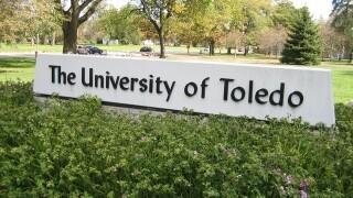 Ohio preteen already works in University of Toledo lab