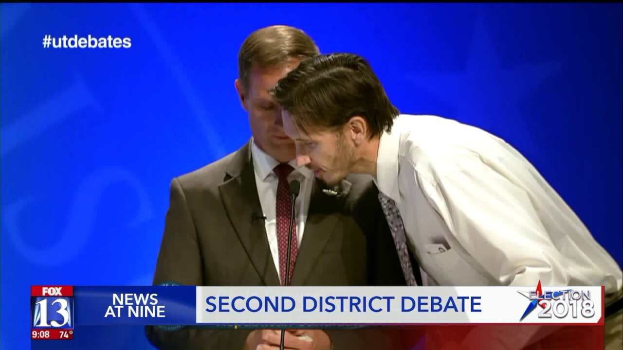 Man rushes stage at 2nd Congressional District debate to shout 'vaccines causeautism'