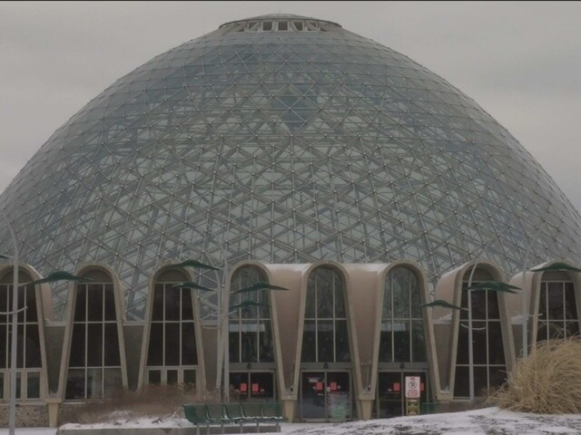 New Year's Eve Family Celebration at the Milwaukee Domes