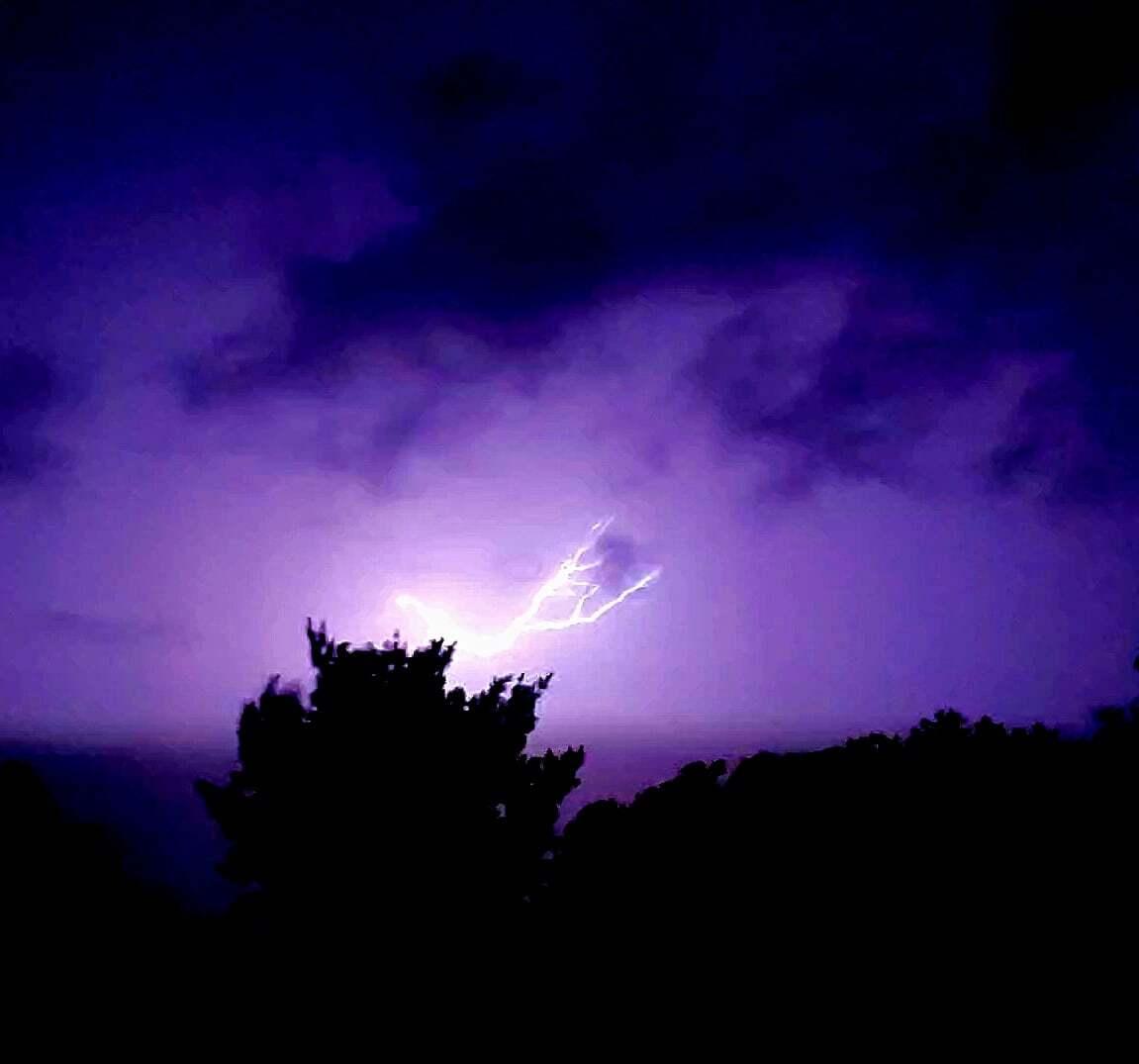 0714 HAMBURG LIGHTNING_Tina Wiepert.jpg