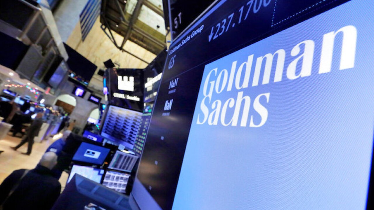 Earns Goldman Sachs