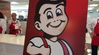 Burger chain Frisch's unveils Ohio museum, remodeled eatery