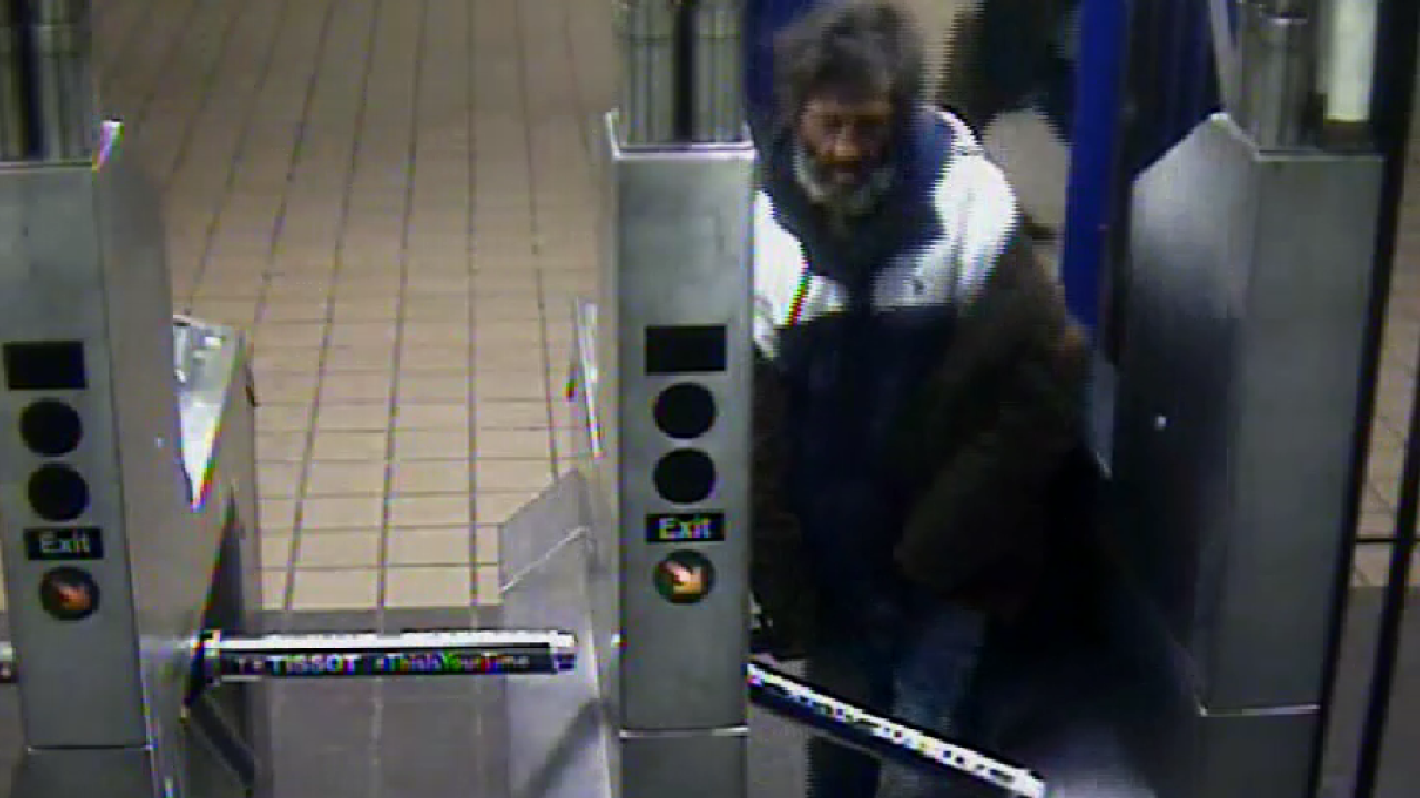 Man robs blind woman in Port Authority