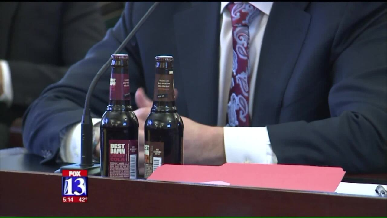 House committee signs off on bill overhauling Utah's liquorlaws