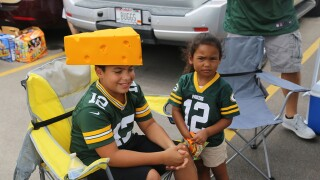 Fans storm Lambeau Field for Packers Family Night [PHOTOS]