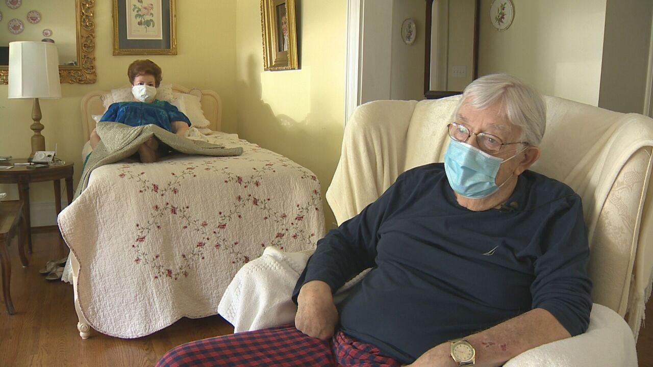Couple kicks unvaccinated nurse out of house
