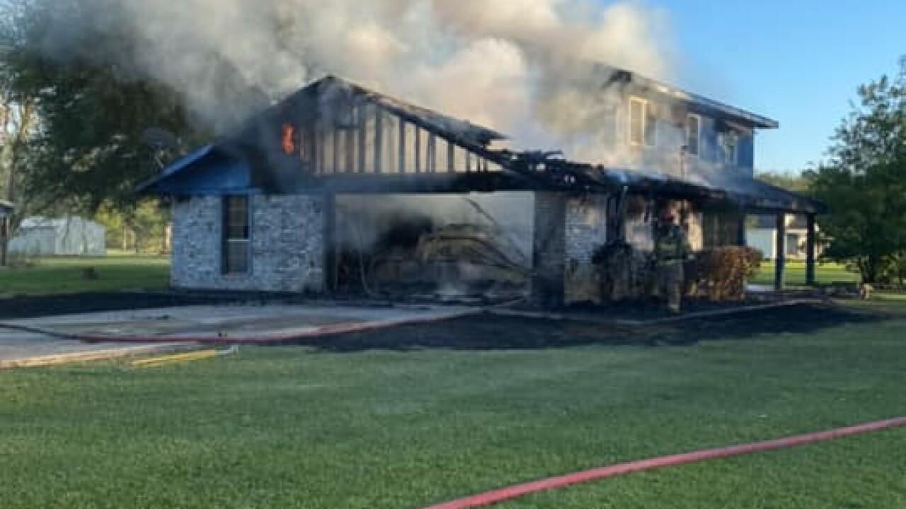 Iberia Parish fire 5-1 (2).jpg