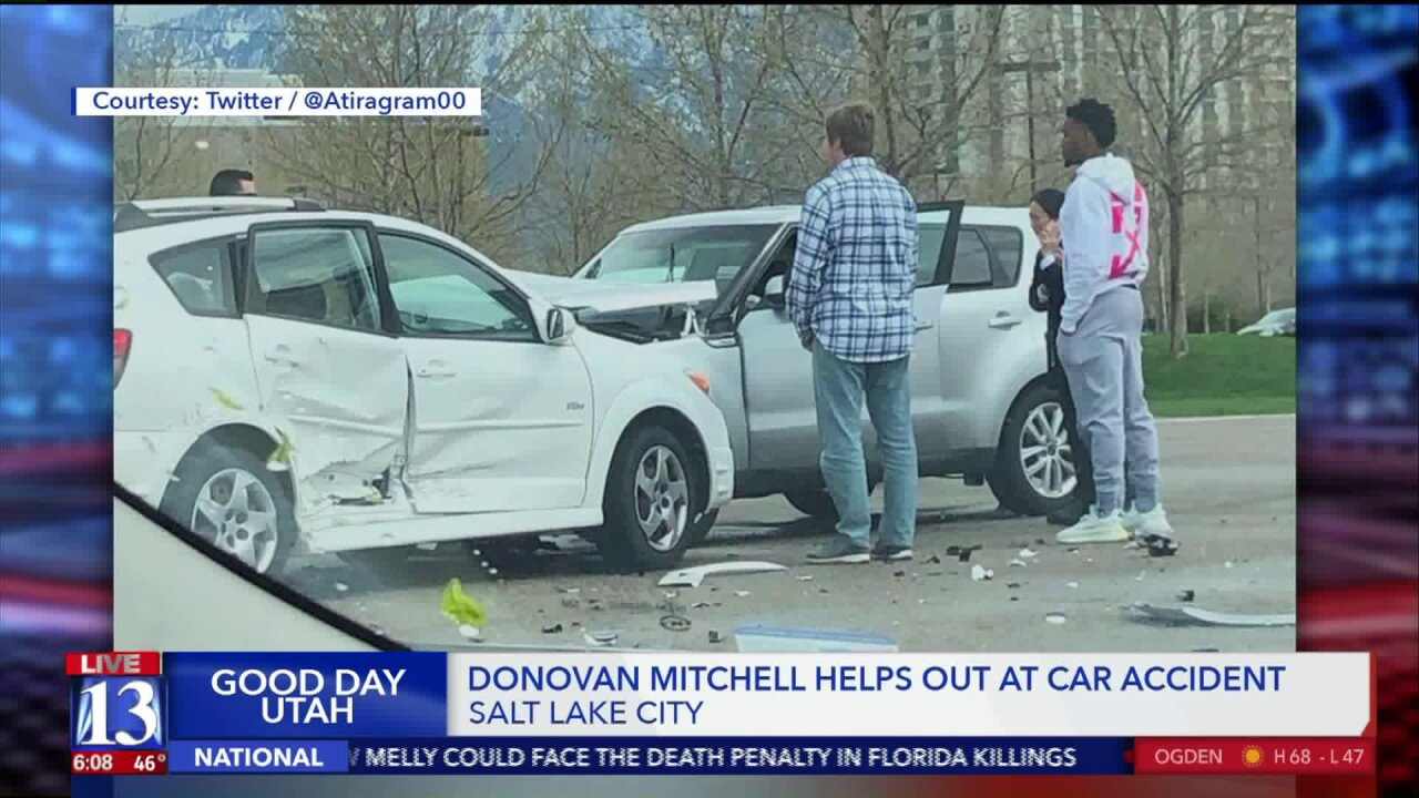 Donovan Mitchell assists at crash scene a day before leading Jazz to win against Rockets