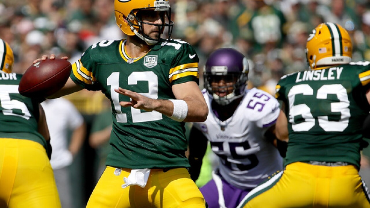 Rodgers, Cousins dueling at Lambeau