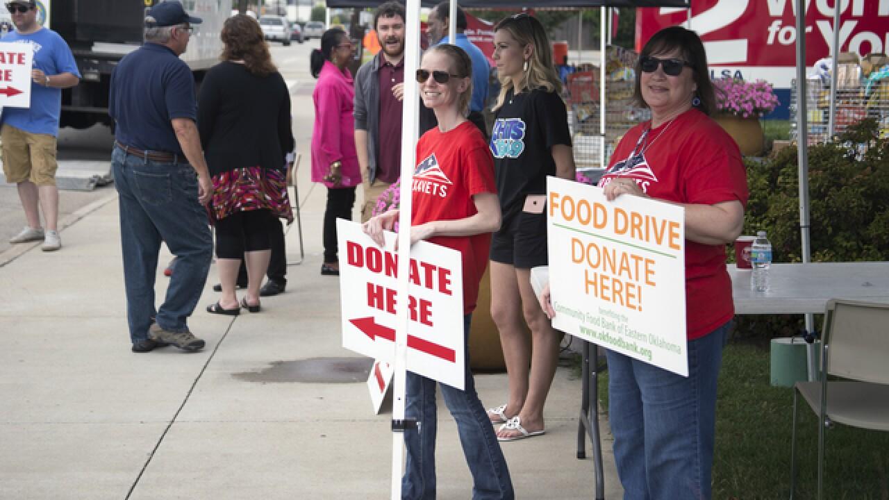 PHOTOS: Food drive benefiting veterans