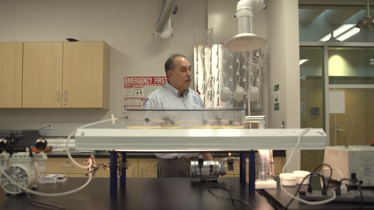 Dr. Barry Rosen, professor at The Water School at Florida Gulf Coast University, is working to figure out what happens when blue-green algae goes airborne. A specially-designed machine in the lab may hold some answers.
