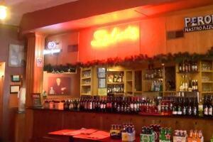 Bars, restaurants, City of Racine back under restrictions after judge's ruling