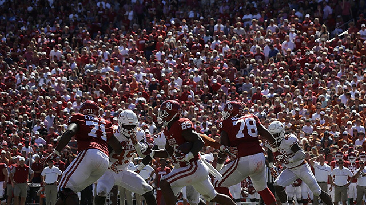 Oklahoma Sooners beat Texas Longhorns 45-40