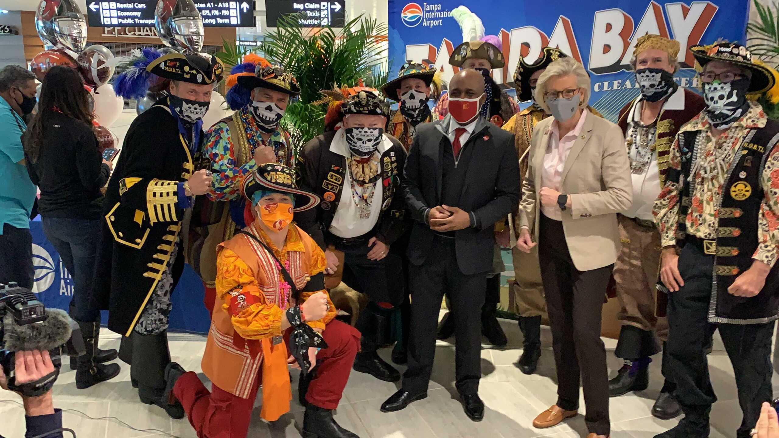 KC Mayor arrives in Tampa TAYLOR VINSON 1.jpg