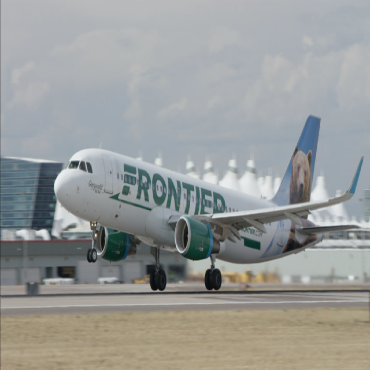 Frontier Airlines To Offer Hartford To Denver Flights