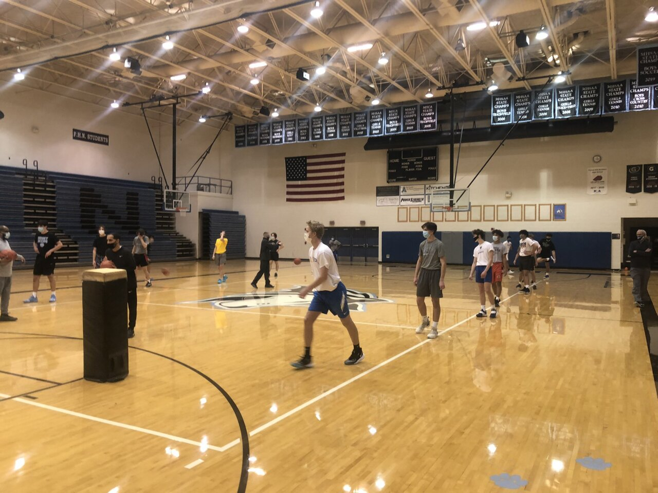 Forest Hills Northern boys basketball's midnight madness practice