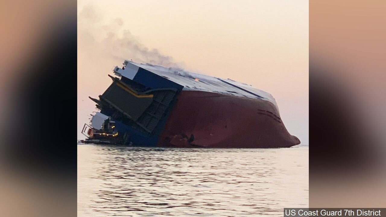 Ship overturned Georgia