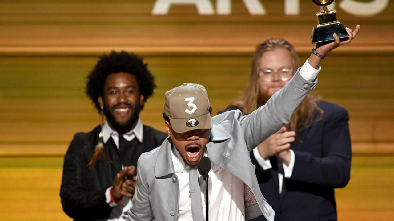 Chance the Rapper blesses us by releasing mixtapes '10Day' and 'Acid Rap' on all streaming platforms