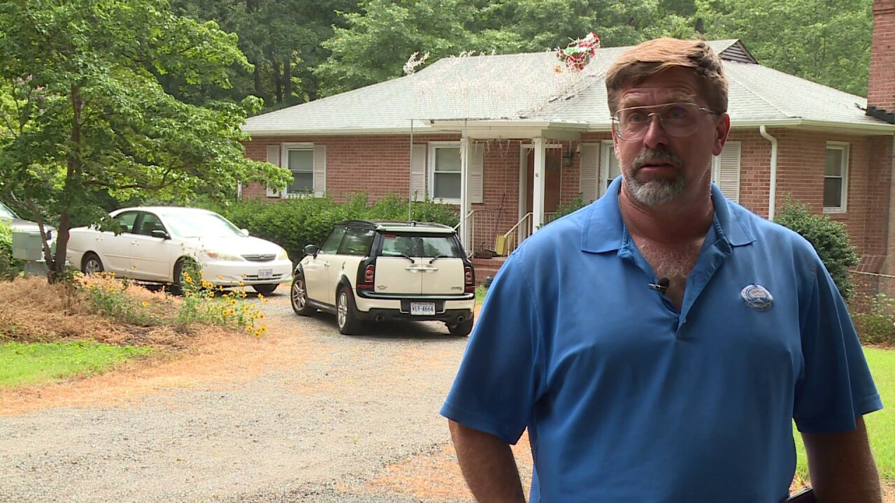 Why Mechanicsville man is being sued over tacky lightdisplay