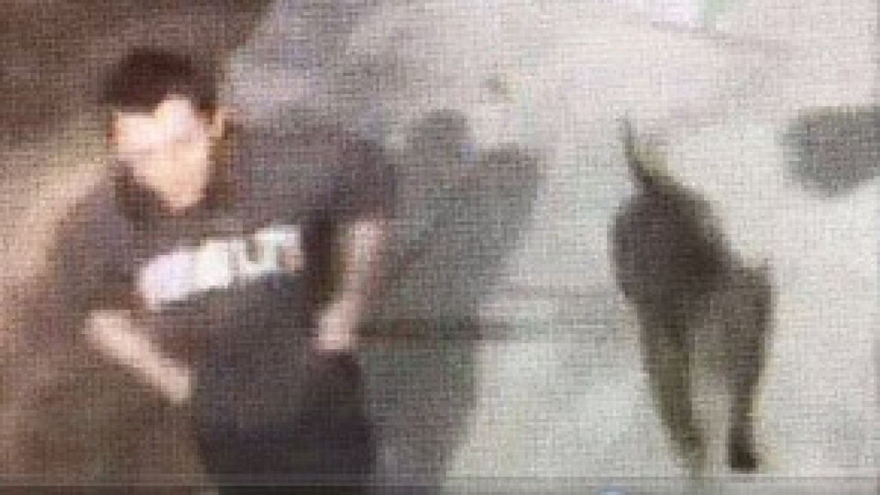 Las Vegas police search for suspects that beat man over dog poop
