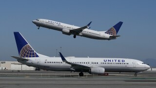Airlines Outlook United planes flight