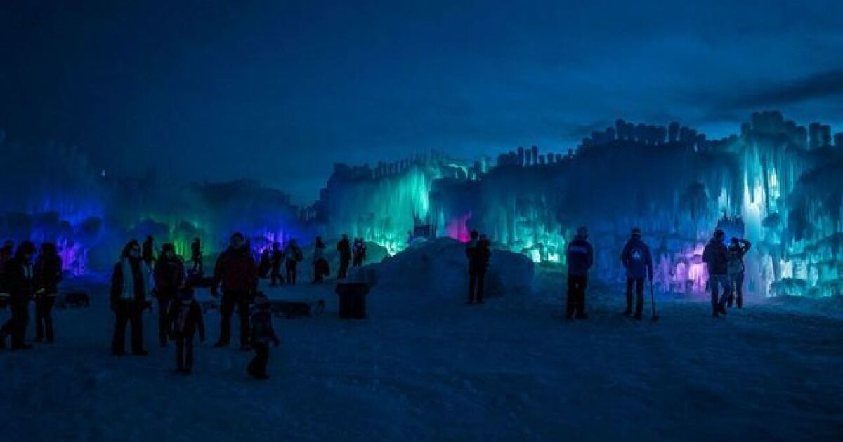 Lake Geneva ice castles giving away free tickets in contest