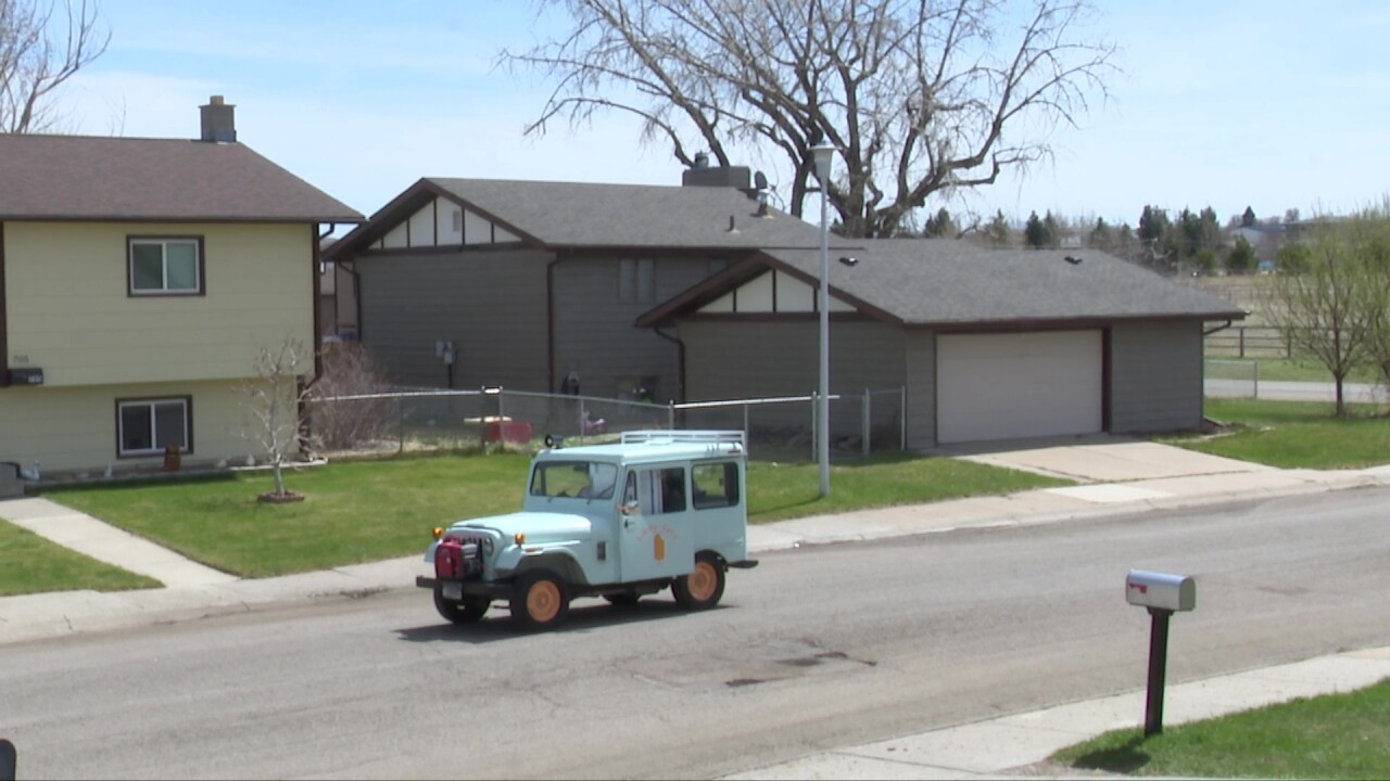 Likity-split ice cream truck