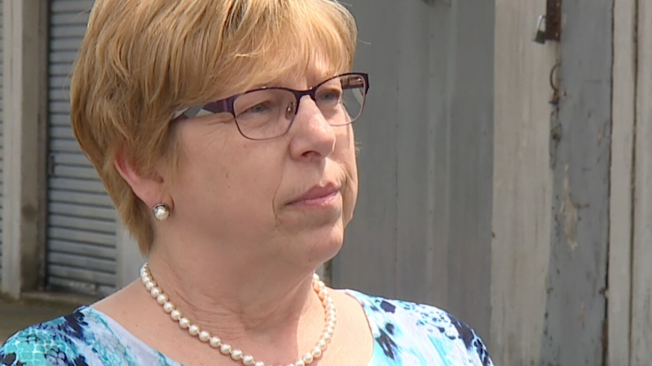 Betty Loveless said she paid Jose Velez nearly $500 and he never fixed her refrigerator