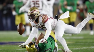 Florida State Seminoles defensive back Asante Samuels Jr. breaks up pass vs. Notre Dame in 2018