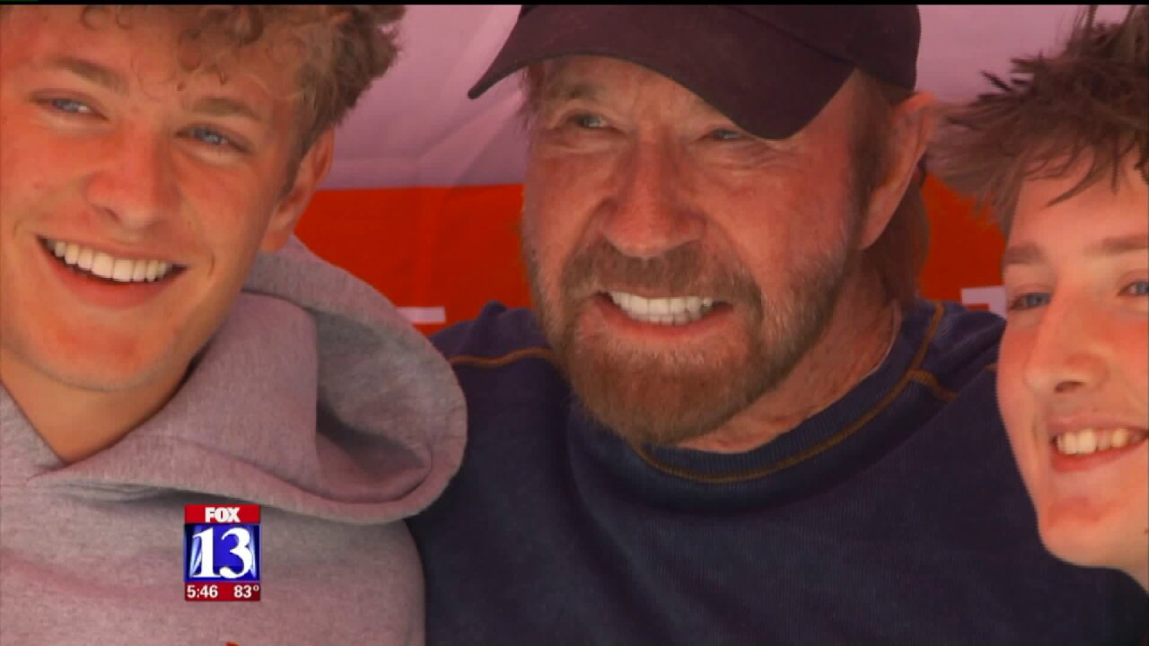 Chuck Norris delights, hydrates fans in Utah
