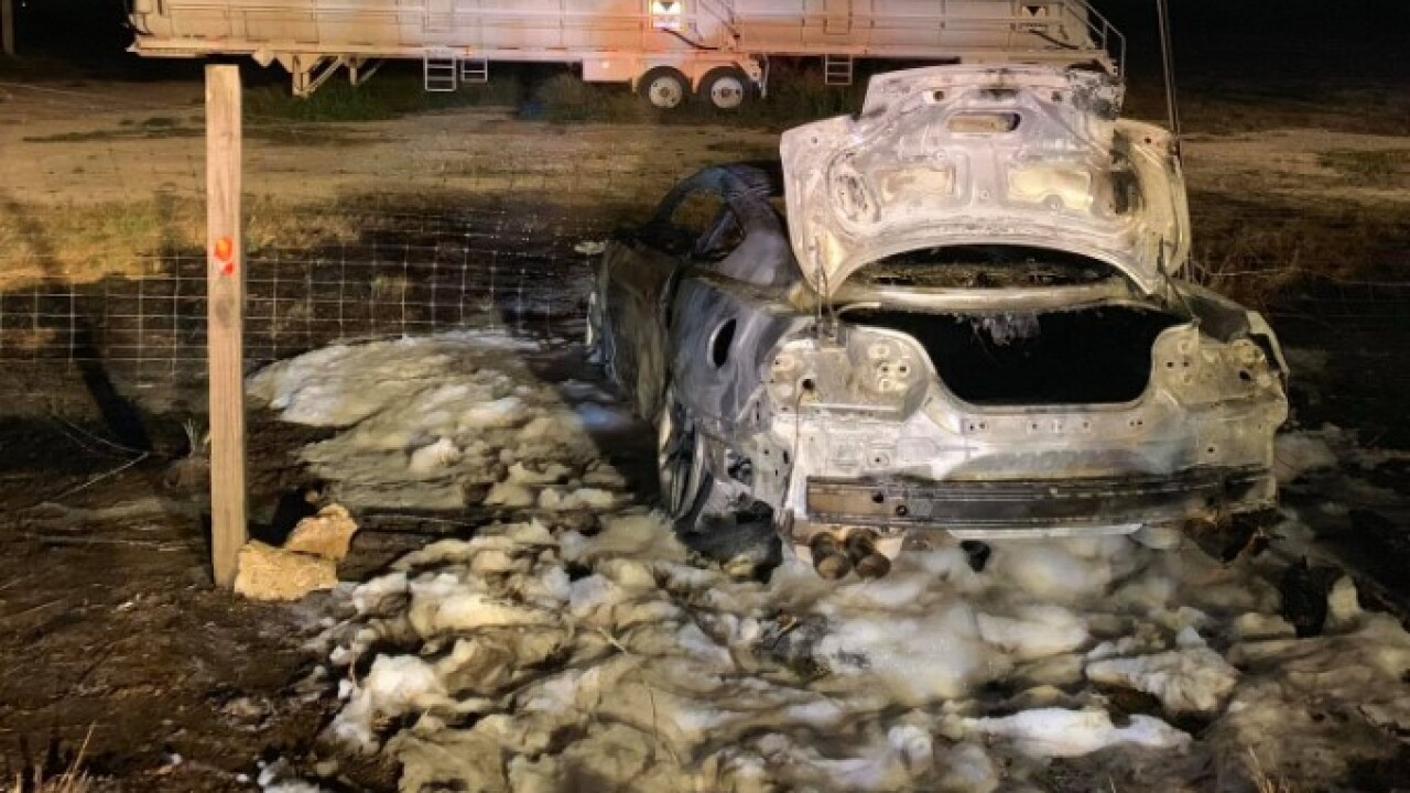 Bee County burning car214.jpg