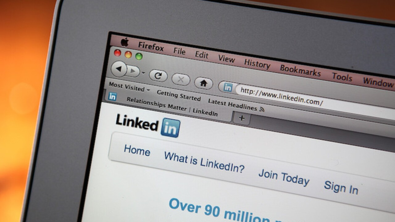 Security expert: LinkedIn password breach bigger