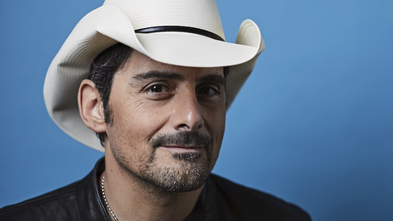 Brad Paisley crashes Maryland woman's Zoom party