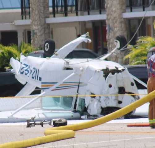 Photos: Small plane crash in Cape Coral