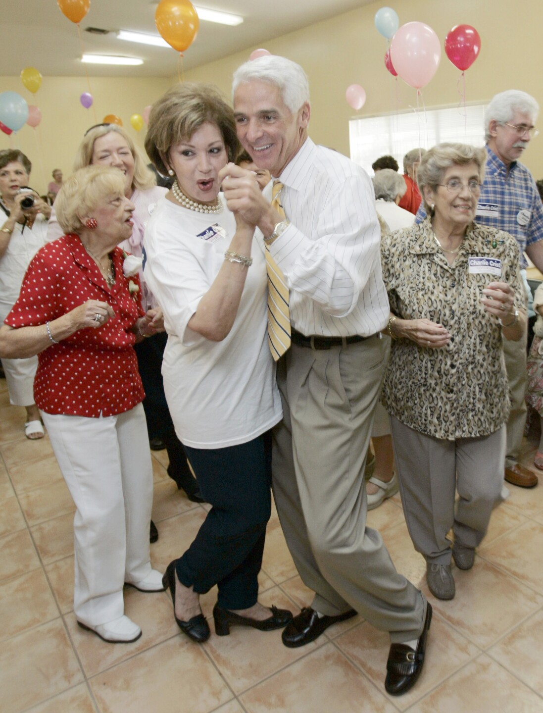 Charlie Crist dances with Daisy Oliveros in 2006