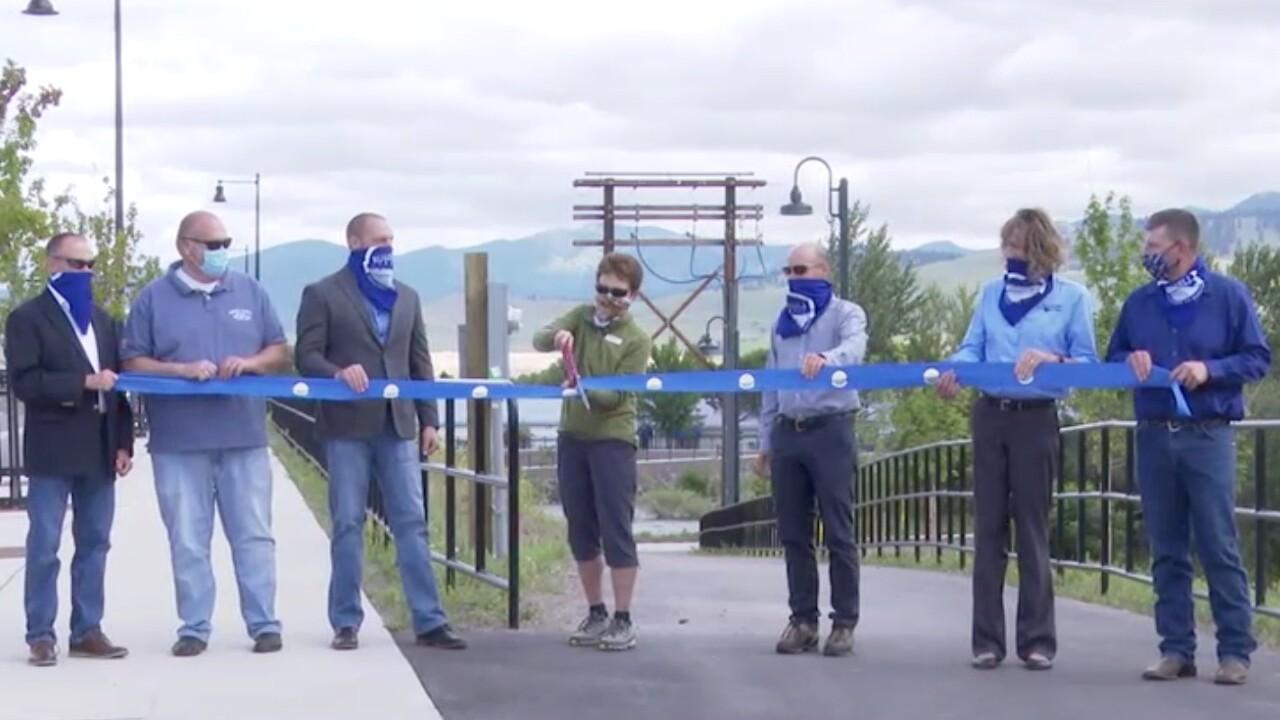Russell Street Bridge Ribbon Cutting