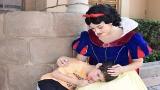 Snow White Soothed A 6-year-old Boy With Autism At Disney World