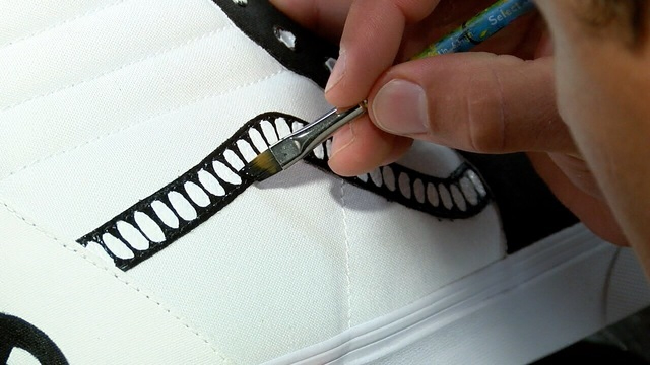 Local tennis star starts shoe painting business