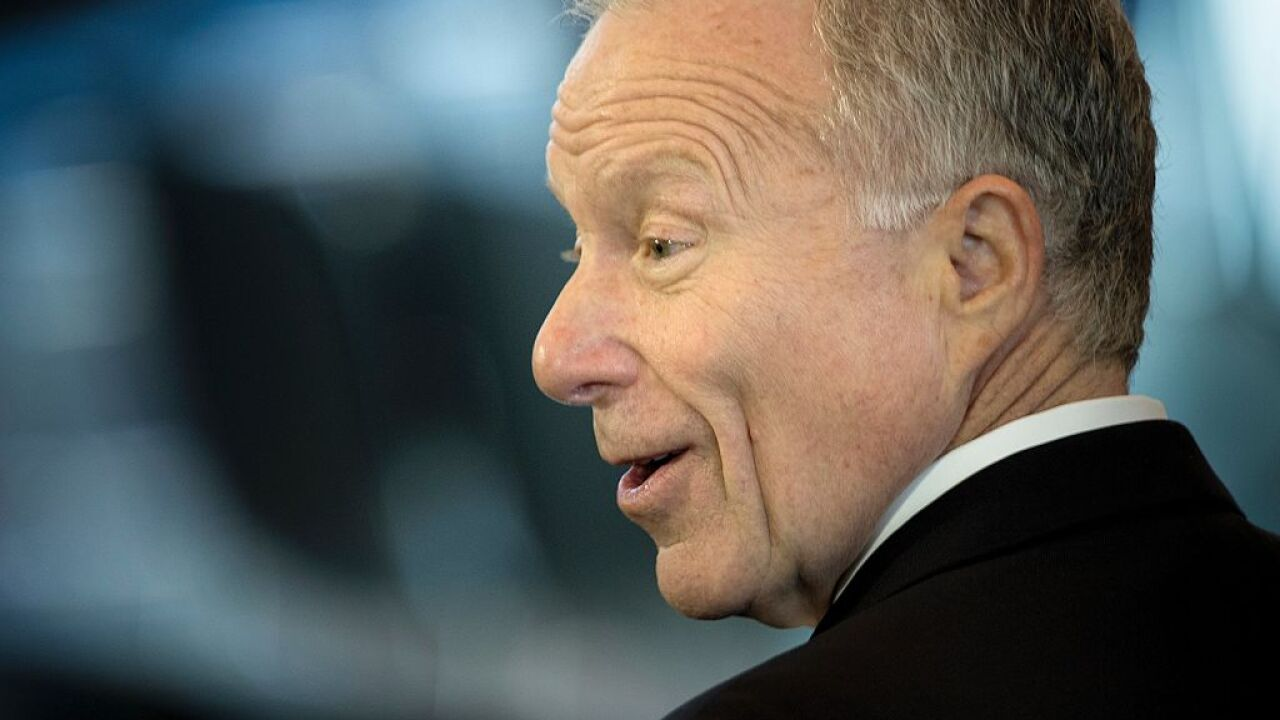 President Trump pardons ex-Cheney aide Scooter Libby
