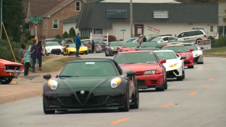 A Missouri teen dying of cancer wanted a sports car funeral procession. Thousands helped fulfill his wish